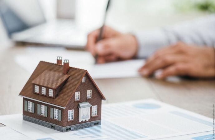 Wie Sie als Quereinsteiger Immobilienmakler werden können